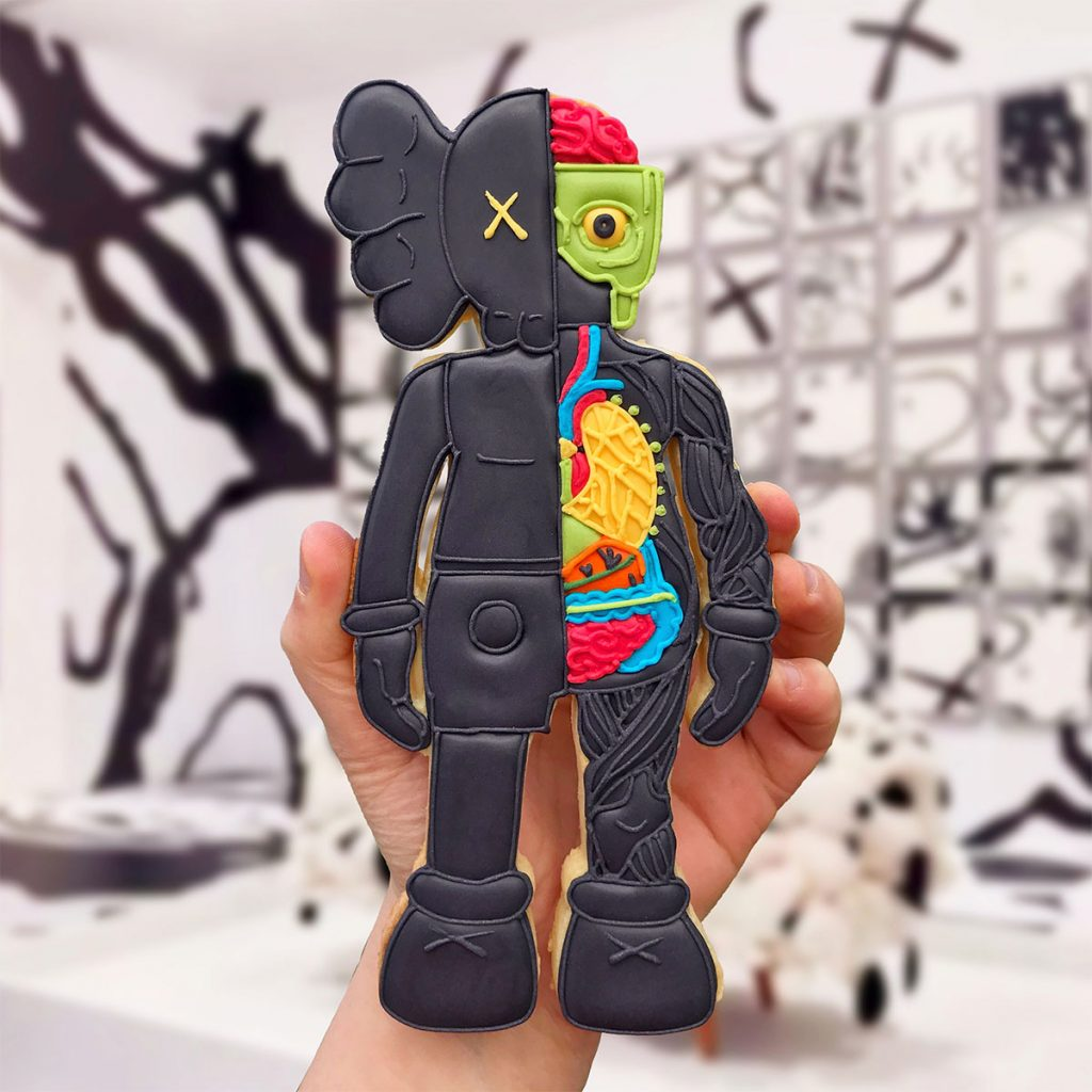 kaws-biscuit-